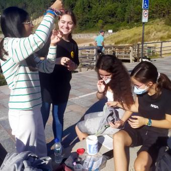 Alumnos de 4º de ESO analizan la calidad del agua para un estudio del Gobierno vasco
